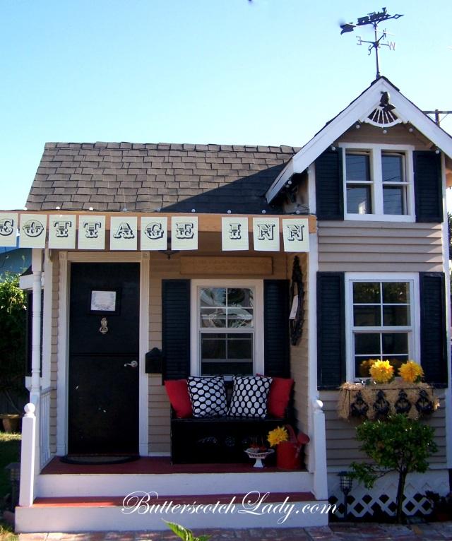"""The Playhouse Cottage Inn"""